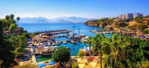 هتلهای لوکس آنتالیا ویژه هفته اخر بهمن
