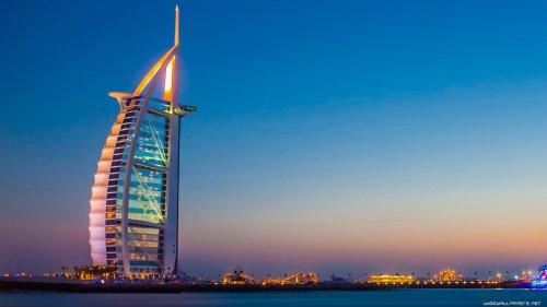 تور دبی آبان  - هتل های چهارستاره